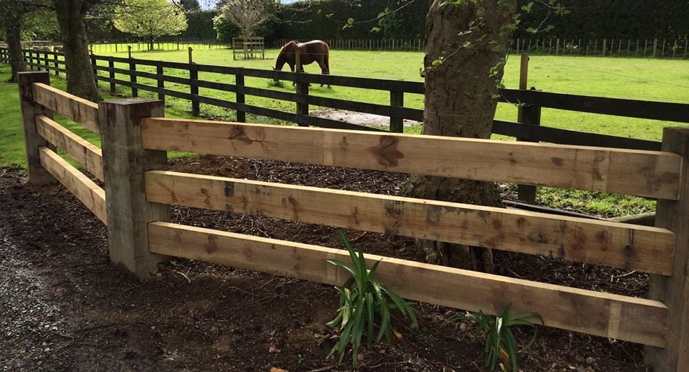 Specialty Products » Through Post and Rail Fence